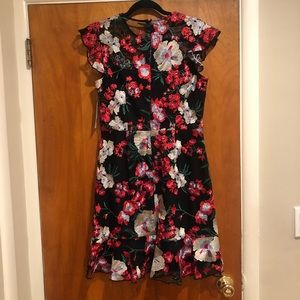 Donna Morgan Dresses - 🌟 NWT Donna Morgan Floral Embroidered Dress